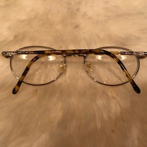 Guess Accessories - Guess 💛 Vintage Oval Rx Glasses